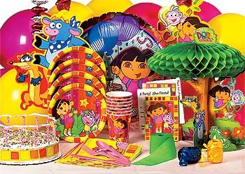 Dora the Explorer Kit-N-Kaboodle